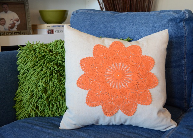 doily_pillow